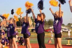 bme_-cheer_9232016092316_0285