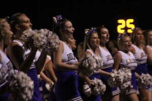 bme_-cheer_9232016092316_0398
